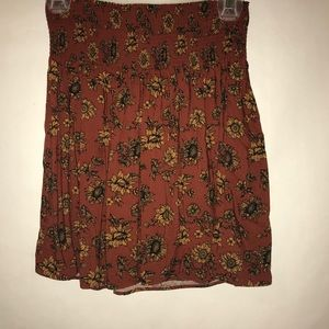 Target graphic skirt